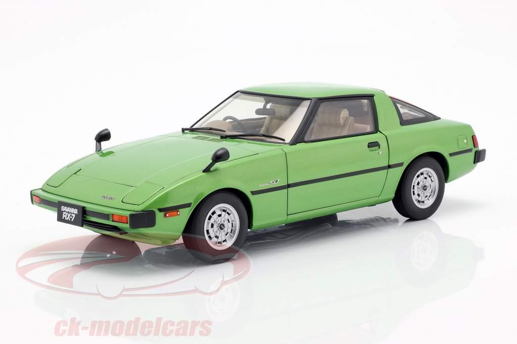 Mazda Savanna RX-7 (SA) GT-Limited año de construcción 1978 verde 1:18 AUTOart