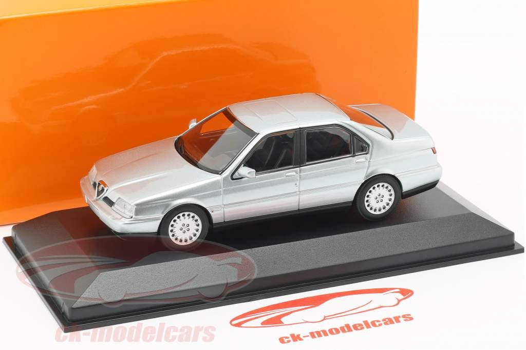Alfa Romeo 164 3.0 V6 Super année de construction 1992 argent métallique 1:43 Minichamps