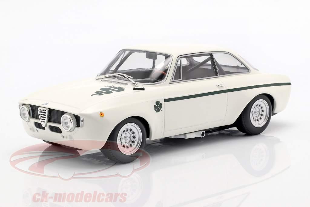 Alfa Romeo GTA 1300 Junior Opførselsår 1971 hvid / mørkegrøn 1:18 Minichamps