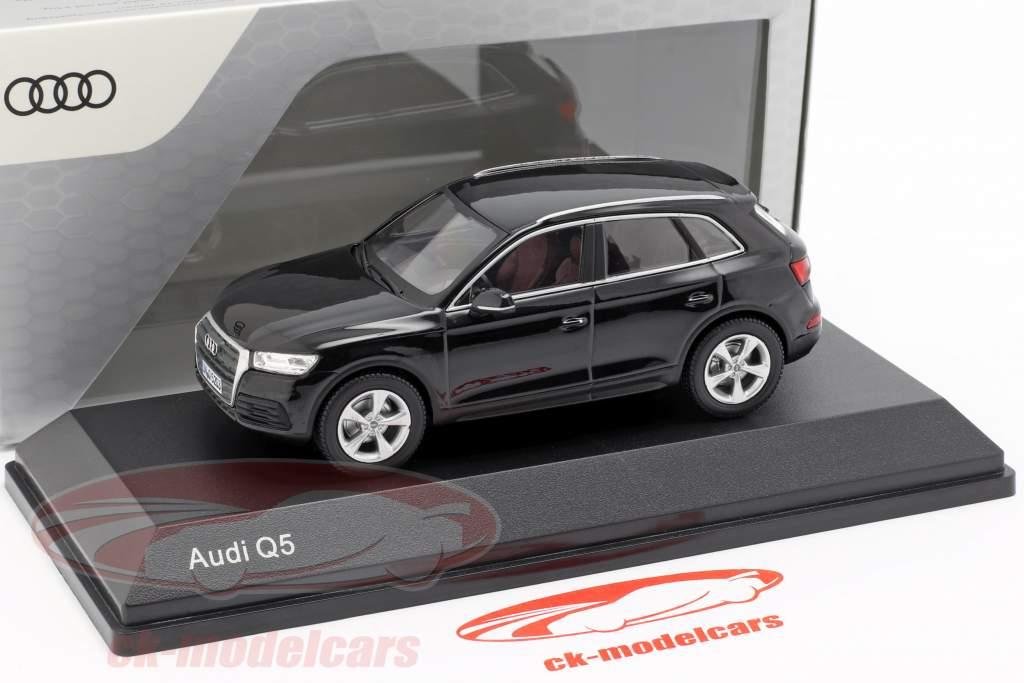 Audi Q5 myte sort 1:43 iScale