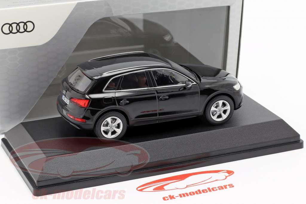Audi Q5 mito nero 1:43 iScale
