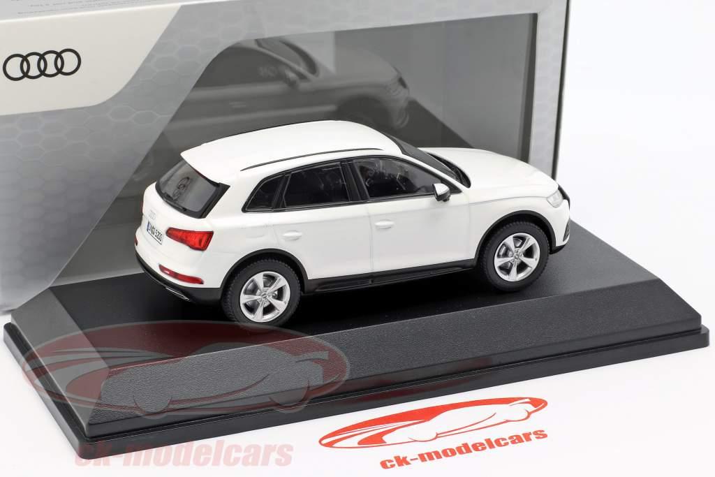 Audi Q5 íbis branco 1:43 iScale