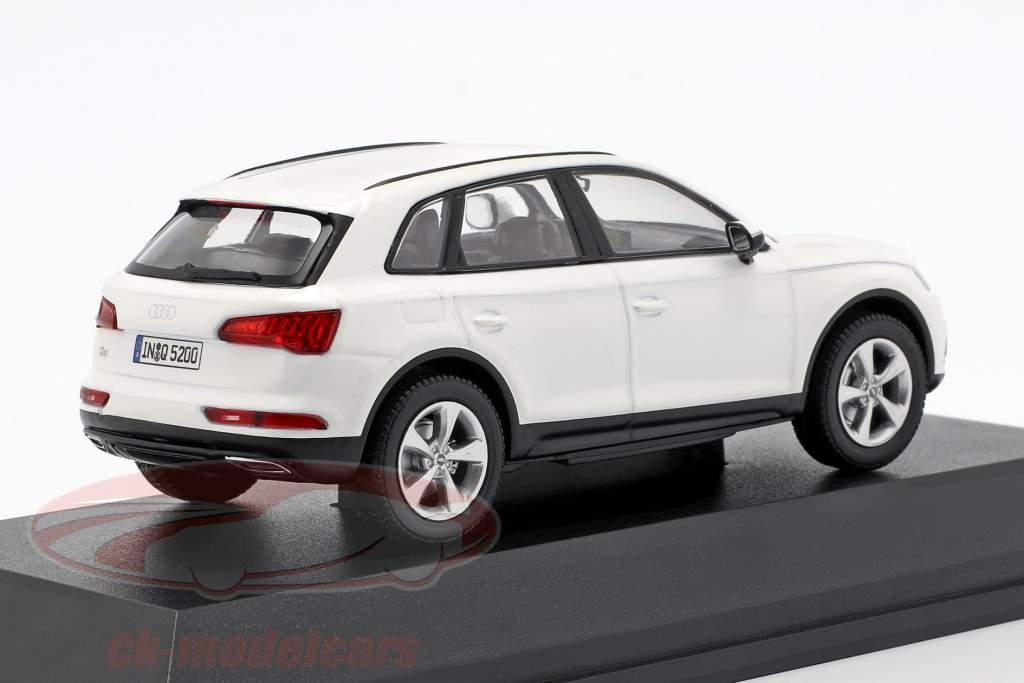 Audi Q5 ibis blanc 1:43 iScale