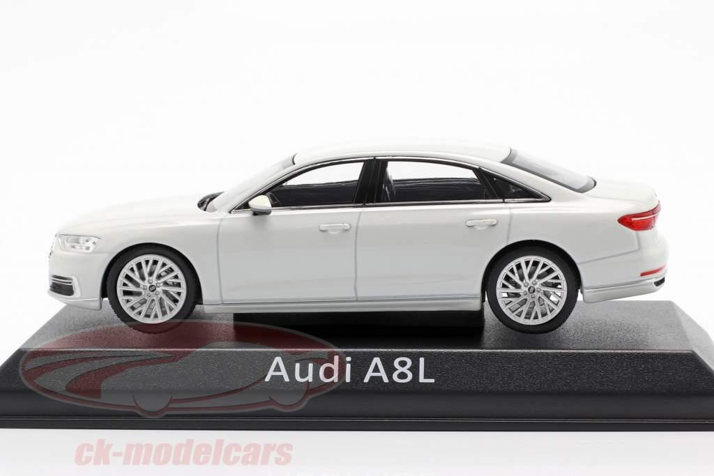 Audi A8L weiß 1:43 iScale