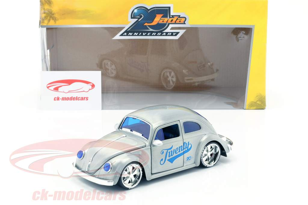 Volkswagen VW Beetle year 1959 silver grey / blue 1:24 Jada Toys