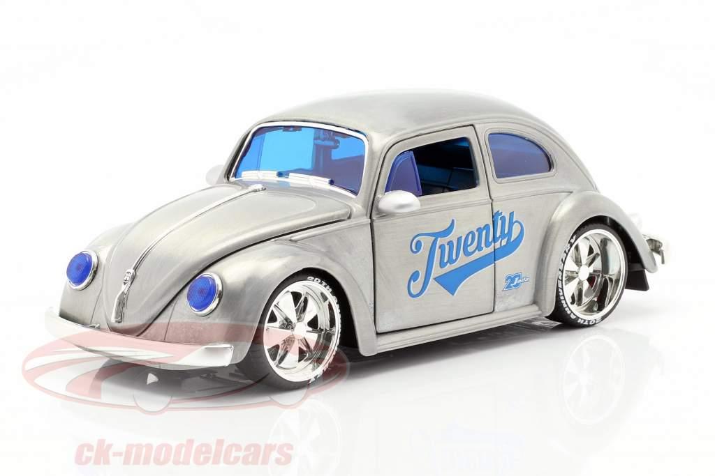 Volkswagen VW bille Opførselsår 1959 sølvgrå / blå 1:24 Jada Toys