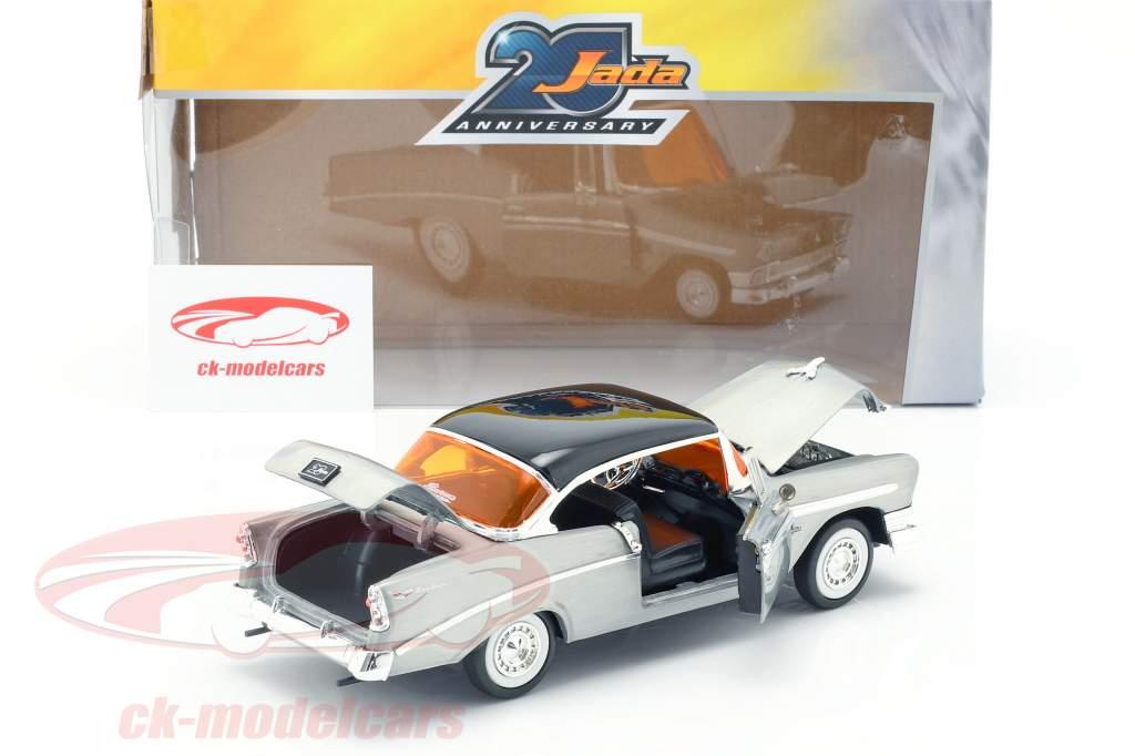 Chevy Bel Air Opførselsår 1956 sølvgrå / sort 1:24 Jada Toys
