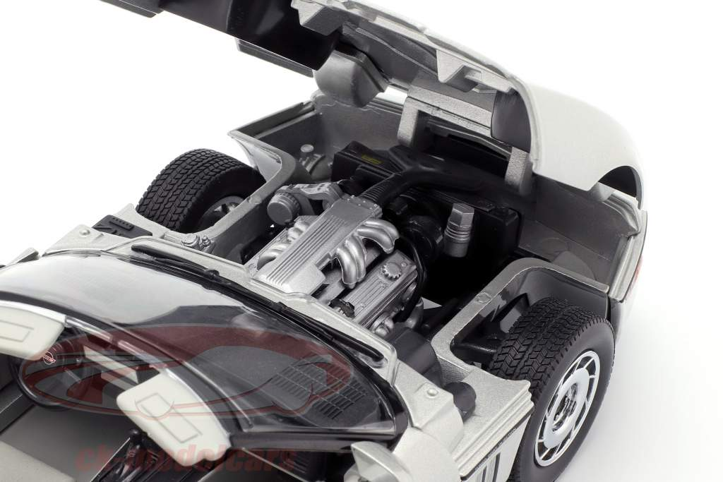 Chevrolet Corvette C4 Bouwjaar 1984 zilver metalen 1:18 Greenlight