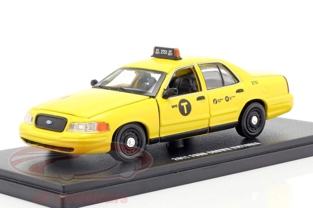 Ford Crown Victoria NYC taxi year 2011 yellow 1:43 Greenlight