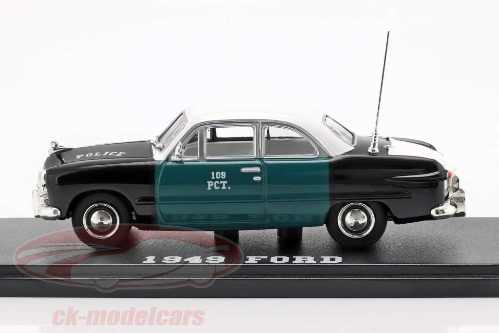 Ford NYPD Opførselsår 1949 grøn / sort / hvid 1:43 Greenlight