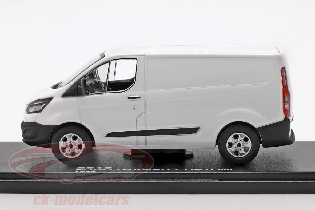 Ford Transit Custom V362 year 2016 white 1:43 Greenlight