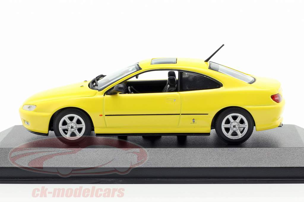 Peugeot 406 Coupe Opførselsår 1997 gul 1:43 Minichamps