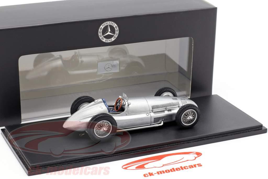 Mercedes-Benz W 154 / W 163 Jahr 1939 silber 1:43 Spark