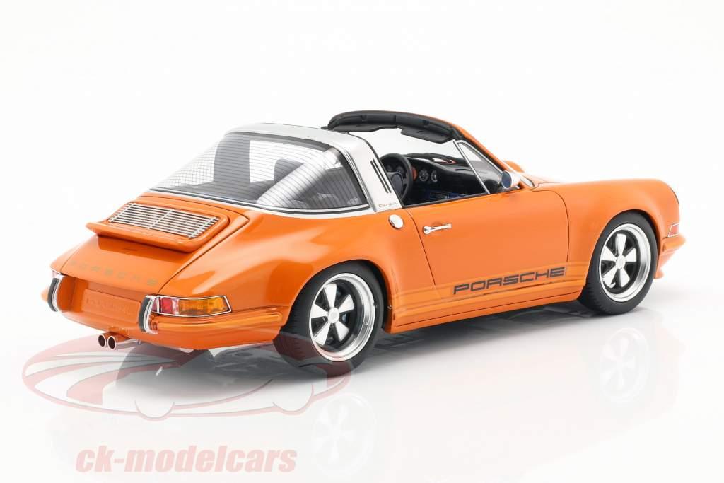 Porsche 911 (964) Targa Singer Baujahr 1990 orange 1:18 Cult Scale