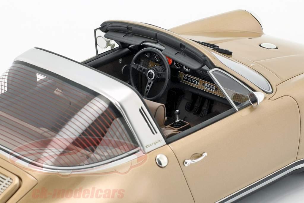 Porsche 911 (964) Targa Singer Opførselsår 1990 guld 1:18 Cult Scale