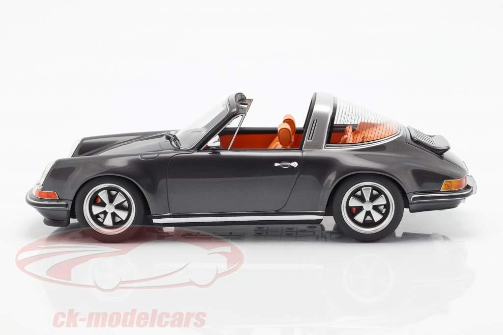Porsche 911 (964) Targa Singer year 1990 grey 1:18 Cult Scale