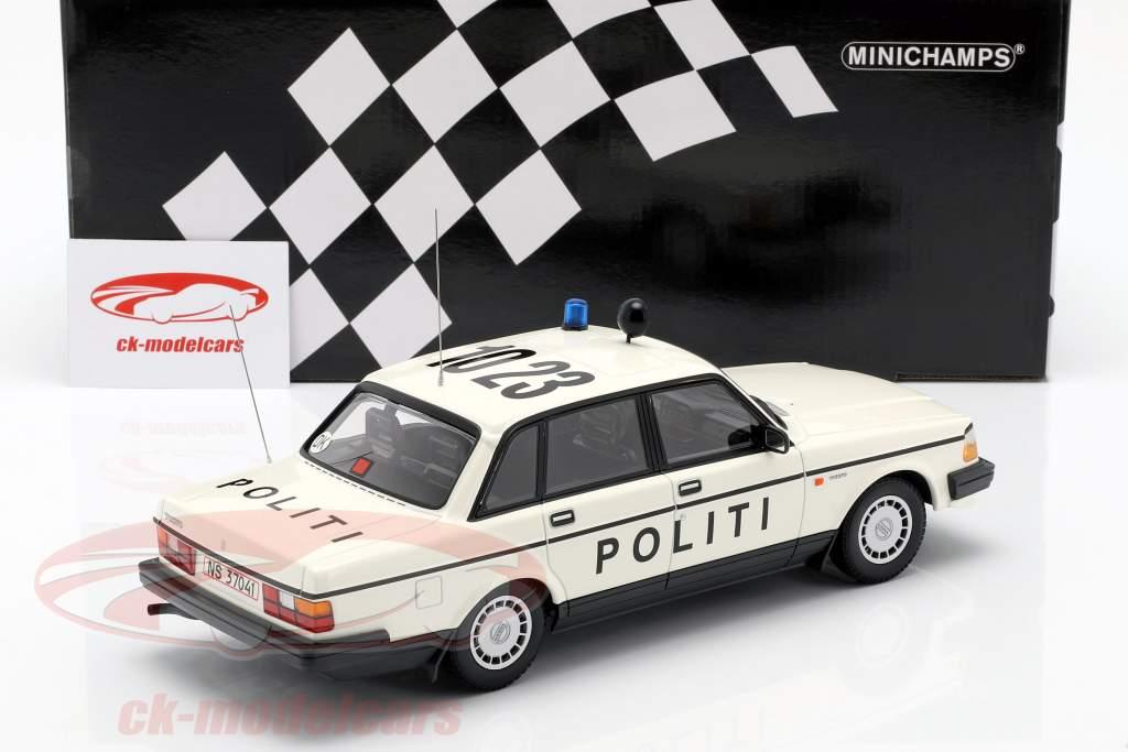 Volvo 240 GL politi Danmark Opførselsår 1986 hvid 1:18 Minichamps