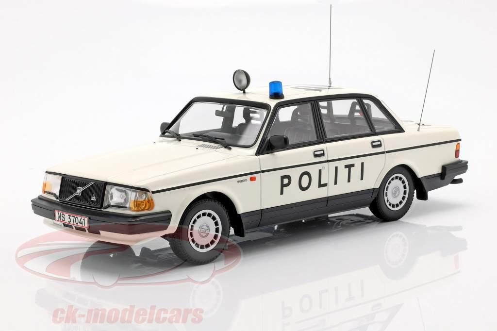 Volvo 240 GL politie Denemarken Bouwjaar 1986 wit 1:18 Minichamps