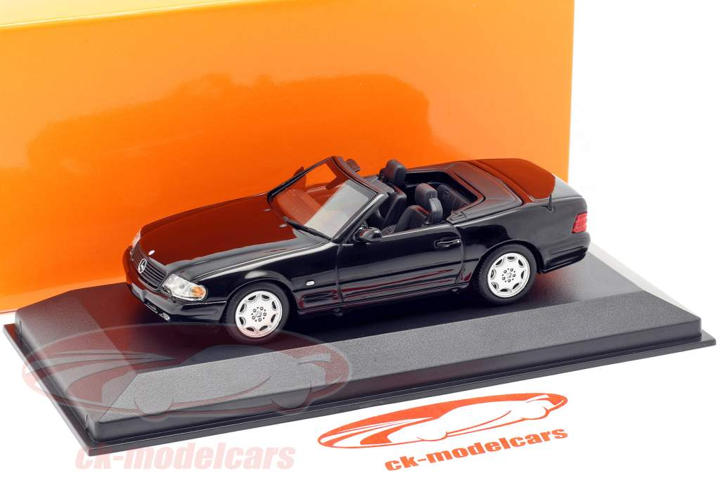Mercedes-Benz SL Opførselsår 1999 sort 1:43 Minichamps