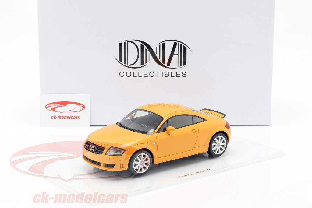 Audi TT 3.2 Opførselsår 2003 papaya appelsin 1:18 DNA Collectibles