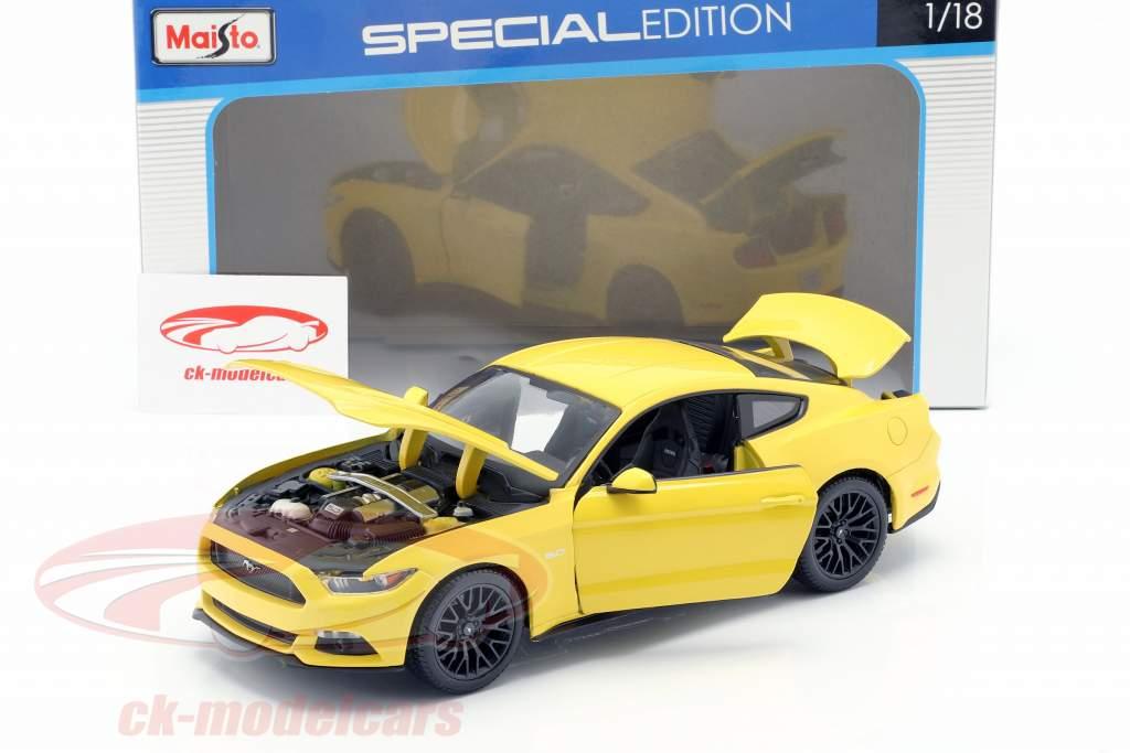 Ford Mustang Baujahr 2015 gelb 1:18 Maisto