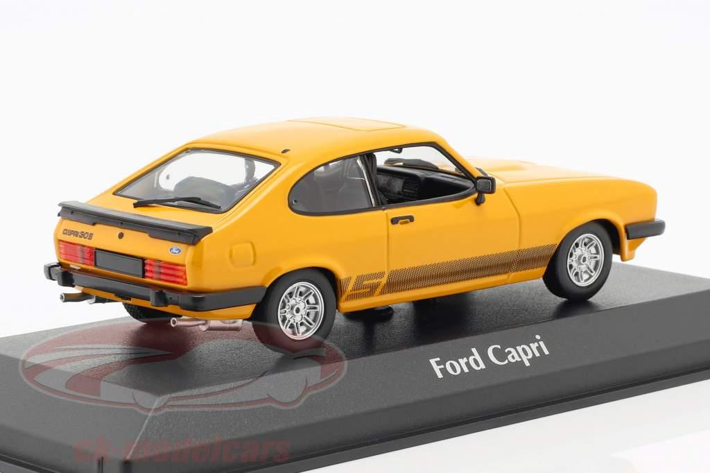 Ford Capri Bouwjaar 1982 oranje 1:43 Minichamps