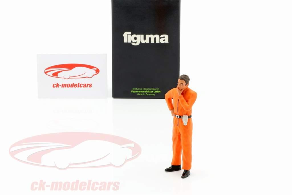 monteur met oranje overalls nadenkend figuur 1:18 FigurenManufaktur
