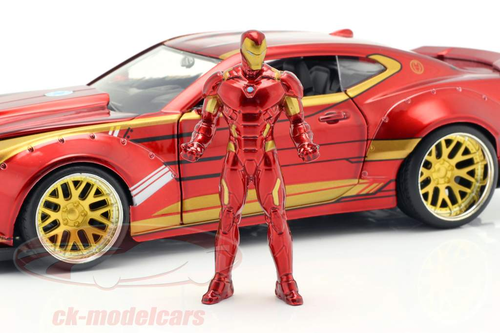 Chevrolet Camaro 2016 with figure Iron Man Marvel's The Avengers red / gold 1:24 Jada Toys