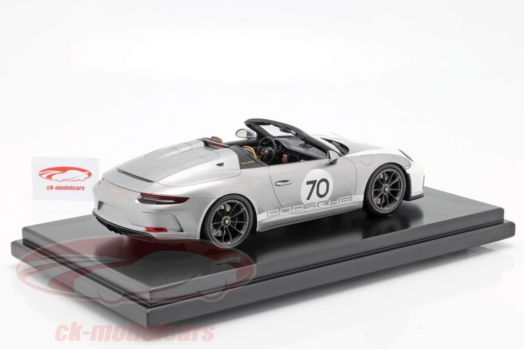 Porsche 911 (991 II) Speedster #70 Heritage Design Package 2019 mit Vitrine silber 1:12 Spark