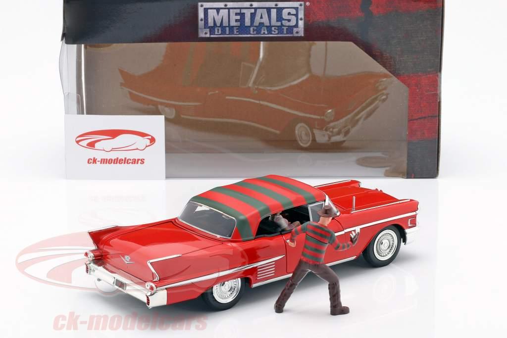 Cadillac Series 62 anno di costruzione 1958 con Freddy Krueger cifra rosso 1:24 Jada Toys