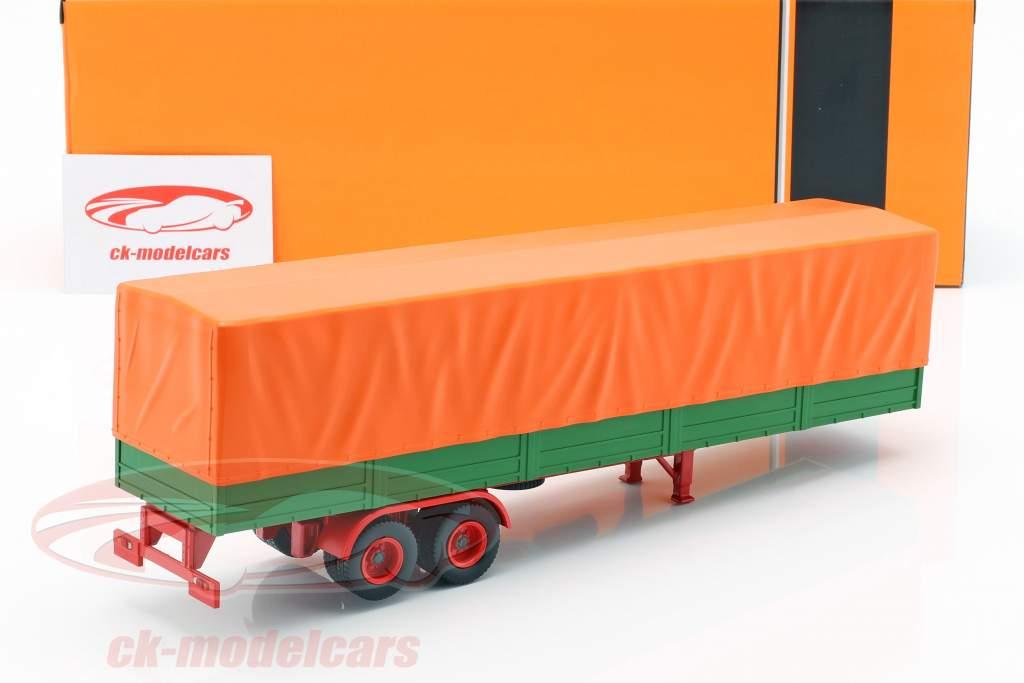 semi-remorques à plat avec couverture vert / orange 1:43 IXO