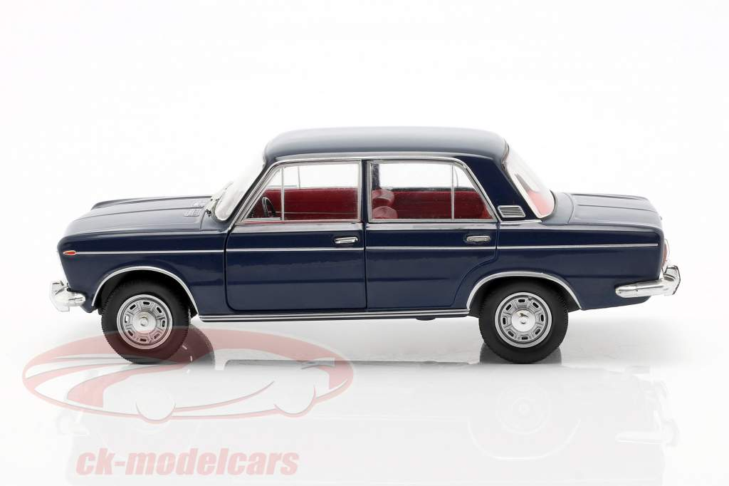 Fiat 125 Special Opførselsår 1968-1972 mørkeblå 1:24 WhiteBox