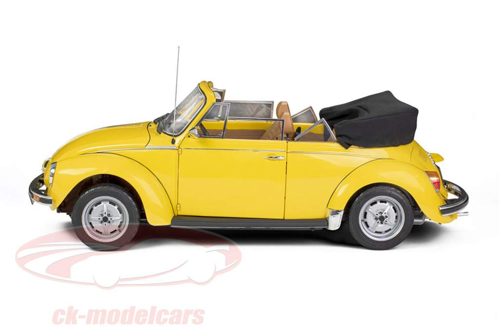 Volkswagen VW Beetle 1303 Cabriolet year 1976 kit sunny yellow 1:8 LeGrand