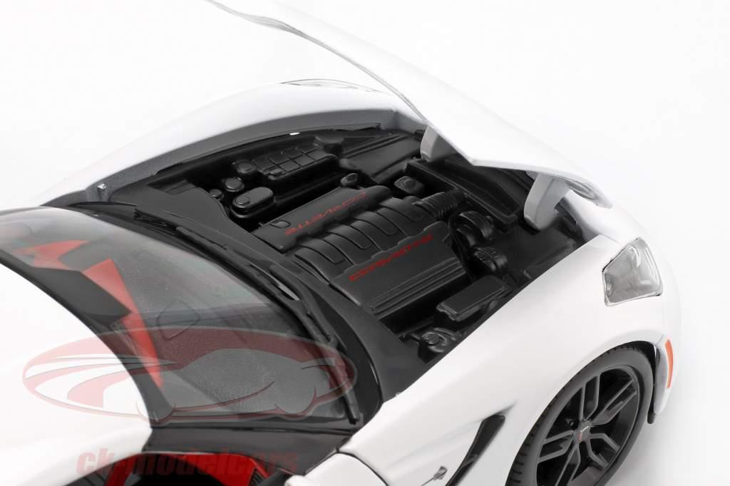 Corvette Stingray Z51 Année 2014 blanc 1:18 Maisto