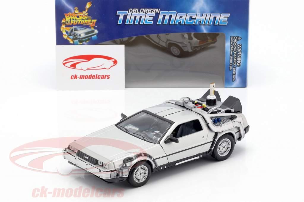 DeLorean Time Machine Back to the Future II 1:24 Welly