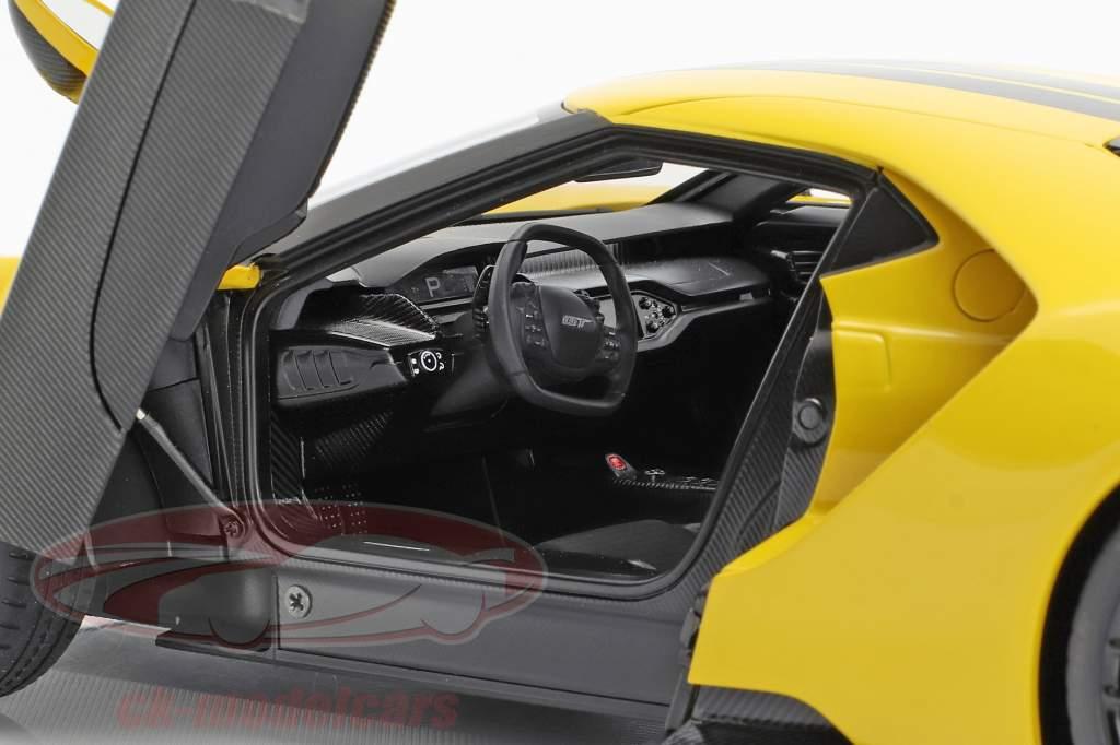 Ford GT Baujahr 2017 triple gelb mit schwarzen Streifen 1:18 AUTOart