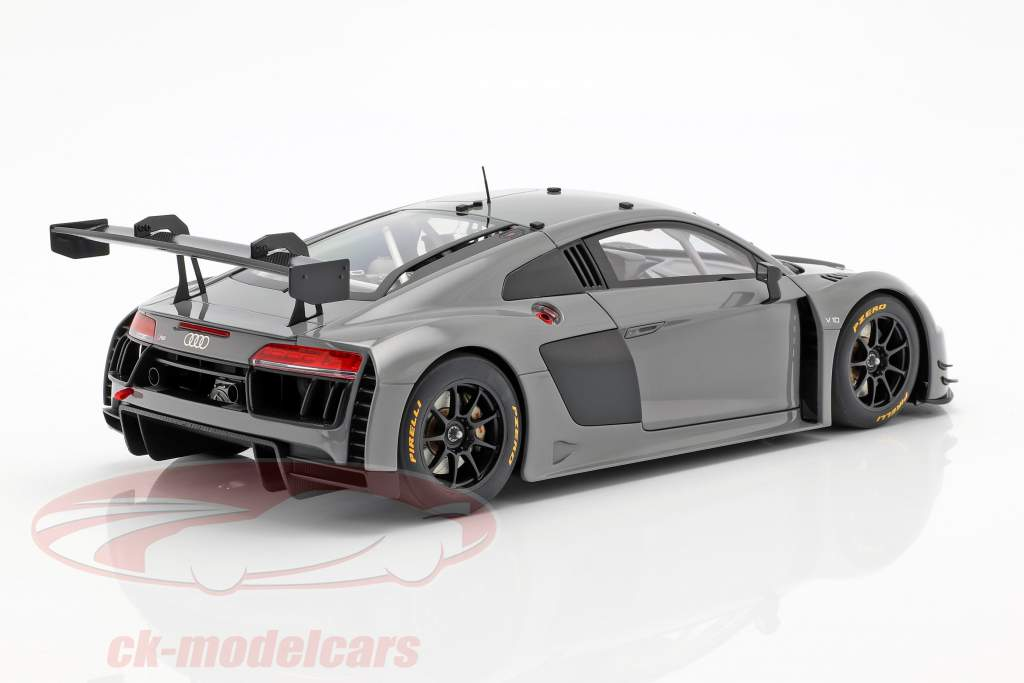 Audi R8 LMS Plain Body Version 2016 nardo grijs 1:18 AUTOart