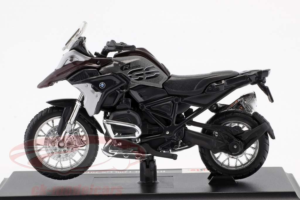 BMW R 1200 GS Bouwjaar 2017 zwart / donker rood 1:18 Maisto