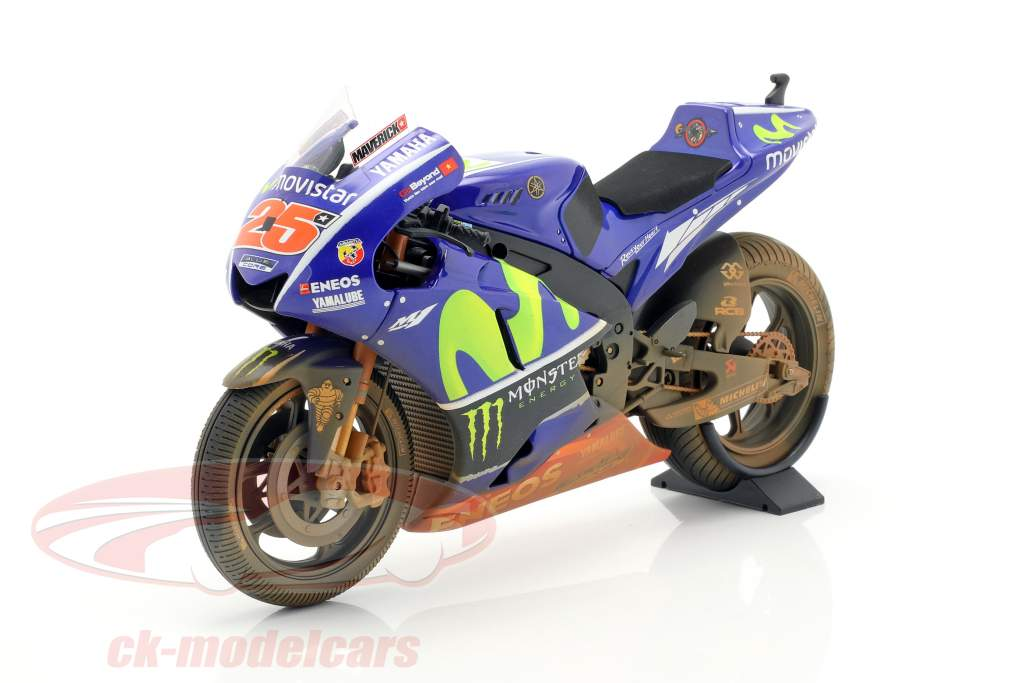 M. Vinales Yamaha YZR-M1 Dirty Version #25 MotoGP Malaysia 2017 1:12 Minichamps
