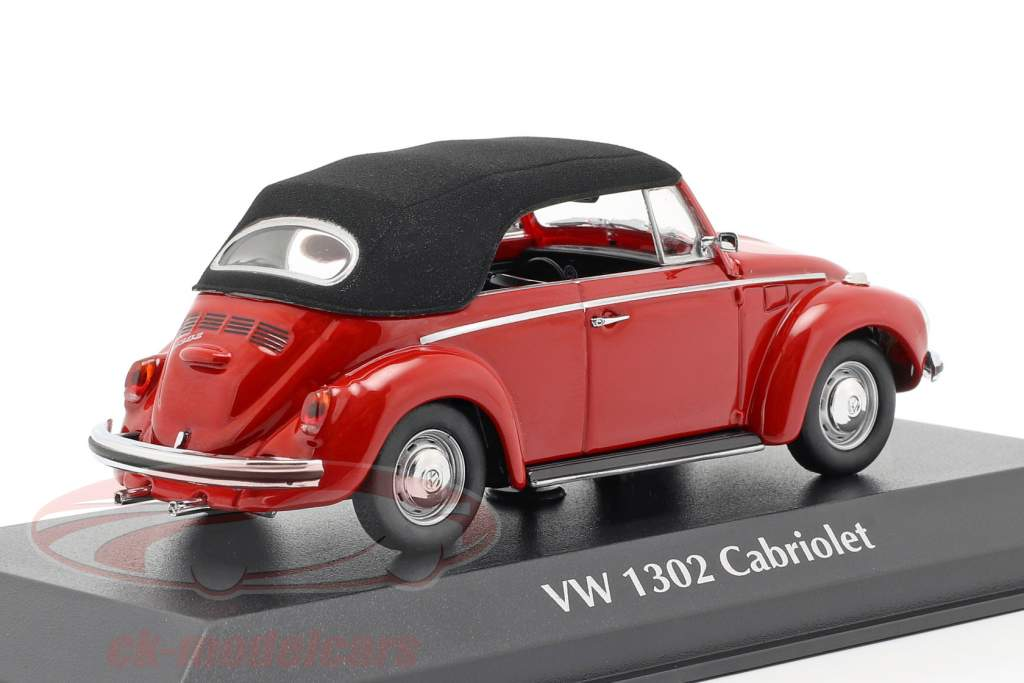 Volkswagen VW 1302 Cabriolet year 1970 red 1:43 Minichamps