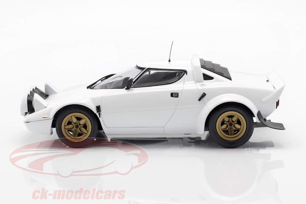 Lancia Stratos Bouwjaar 1974 wit 1:18 Minichamps