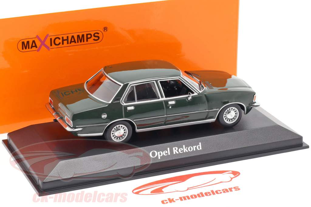 Opel Rekord D Bouwjaar 1975 donker groen 1:43 Minichamps