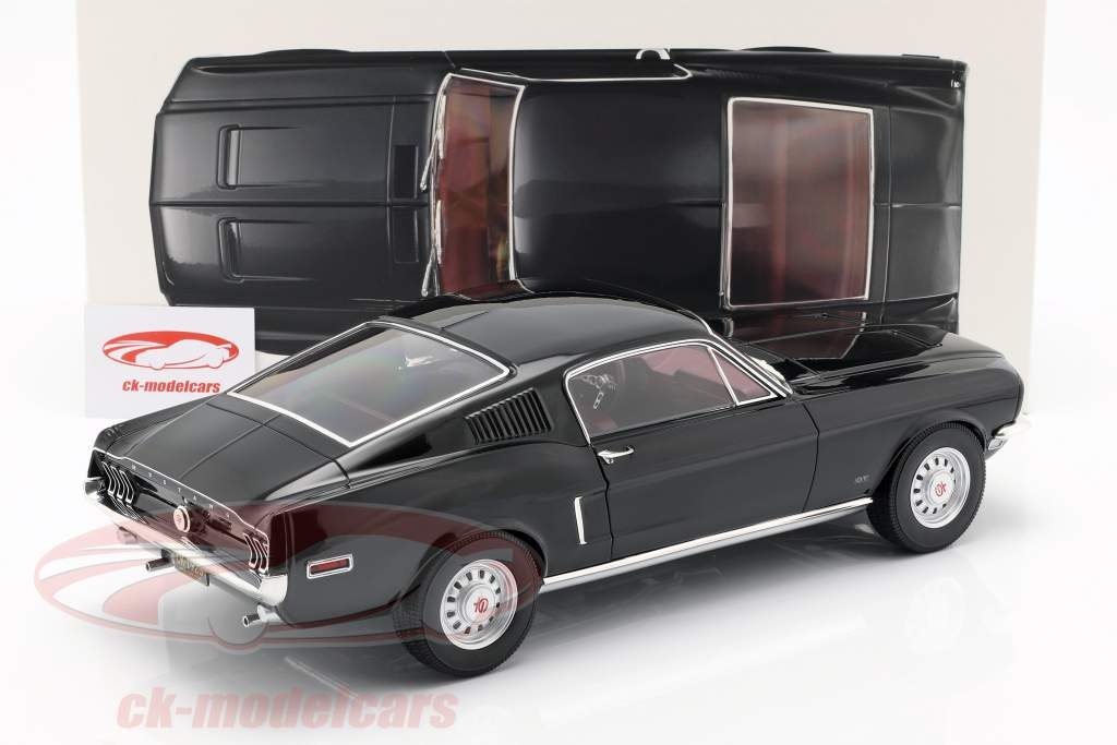 Ford Mustang Fastback year 1968 black 1:12 Norev