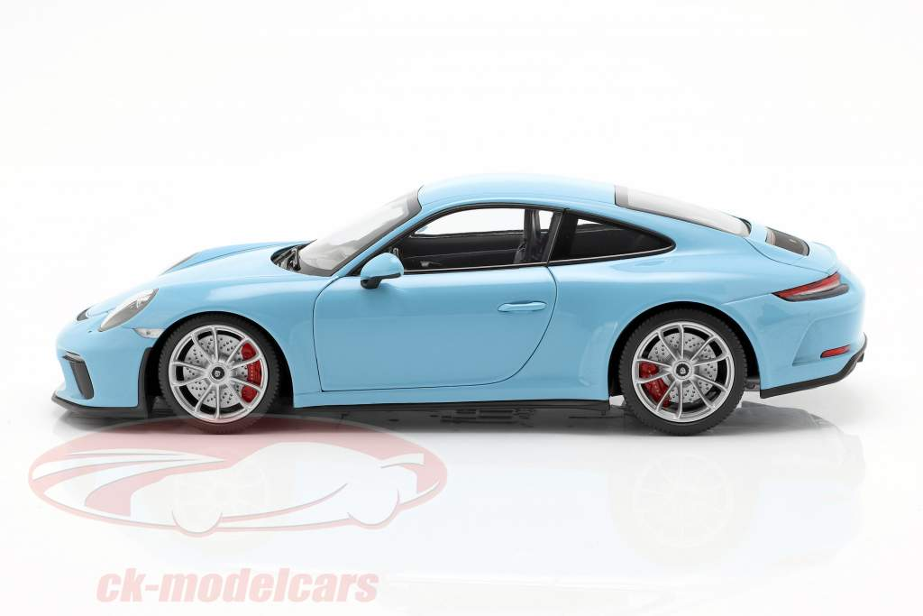 Porsche 911 (991 II) GT3 Touring año de construcción 2018 azul 1:18 Minichamps