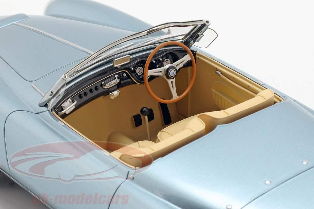 Lancia Aurelia PF 200 C Spider Bouwjaar 1953 lichtblauw metallic 1:18 BoS-Models