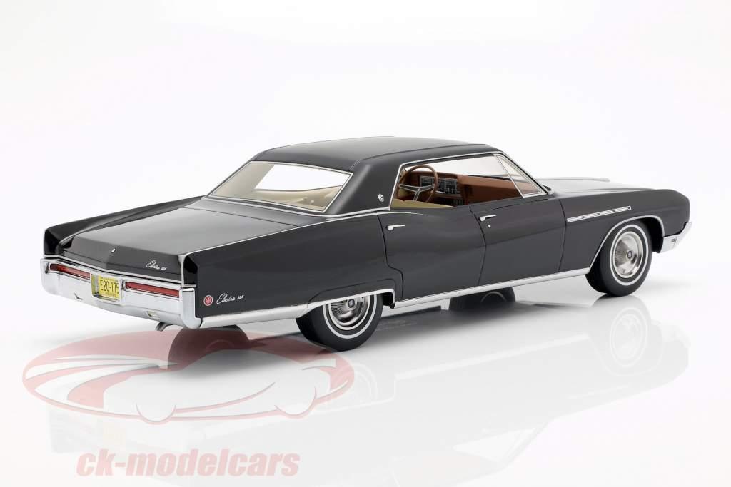 Buick Electra 224 4 Door Coupe Baujahr 1968 schwarz 1:18 BoS-Models