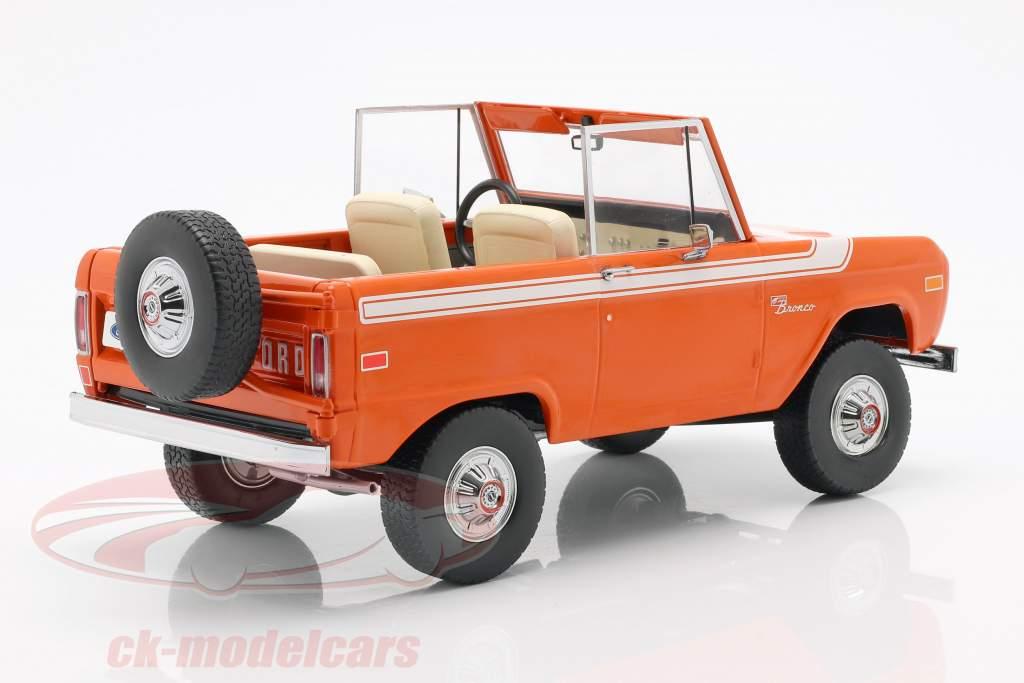 Ford Bronco año de construcción 1977 naranja / blanco 1:18 Greenlight