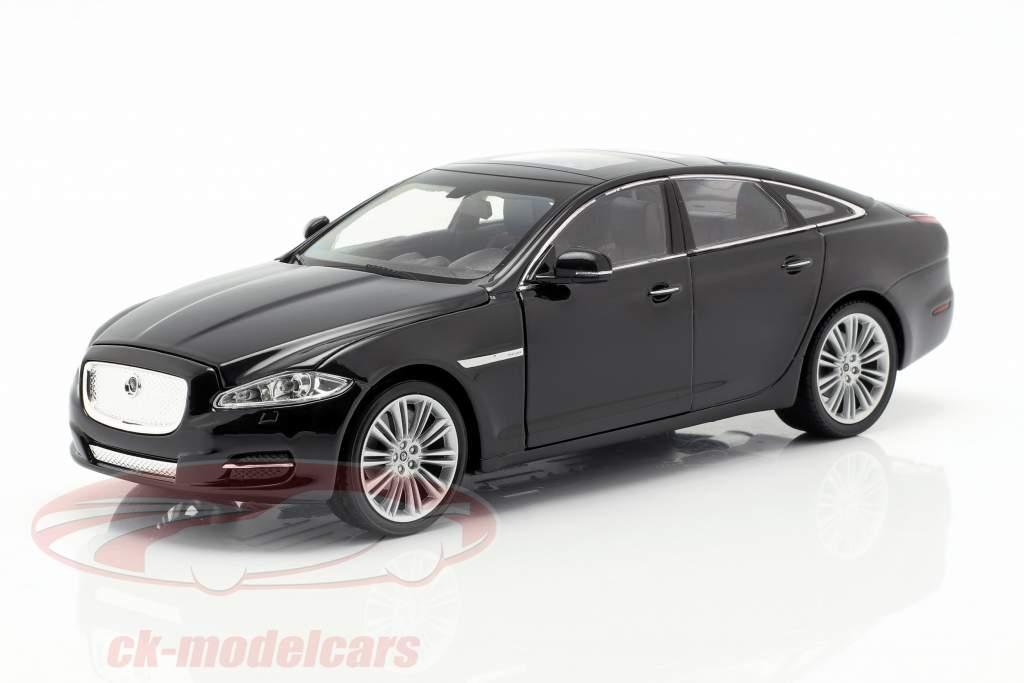 Jaguar XJ (X351) año de construcción 2010 negro 1:24 Welly