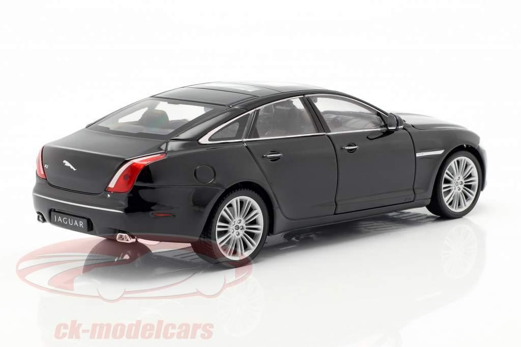 Jaguar XJ (X351) année de construction 2010 noir 1:24 Welly