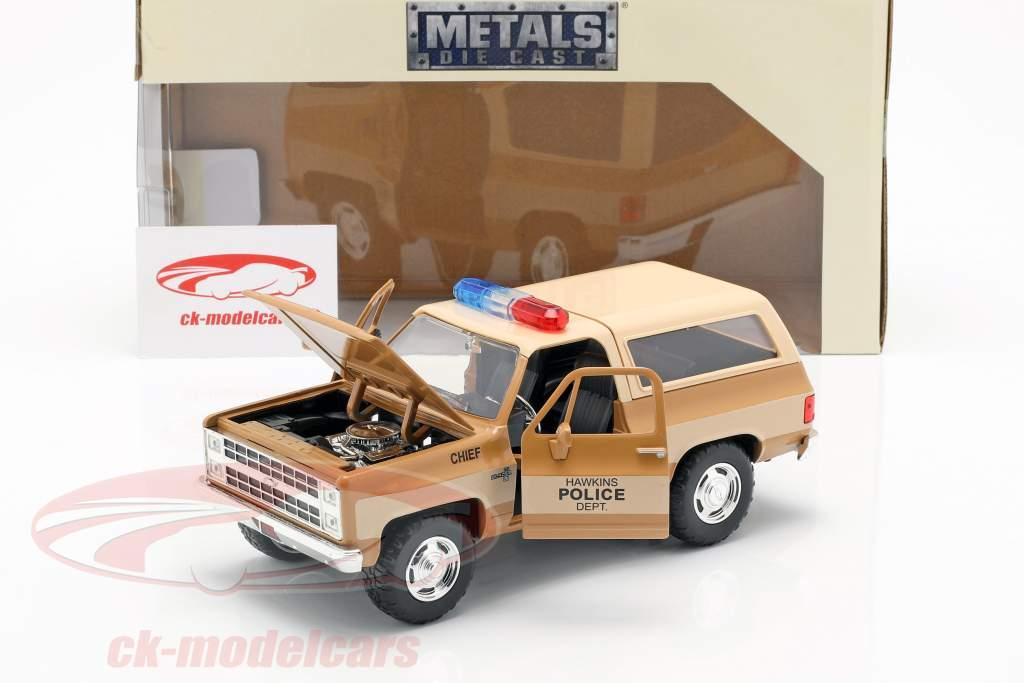 Hopper's Chevy Blazer med politiskilt TV-serie Stranger Things brun / beige 1:24 Jada Toys